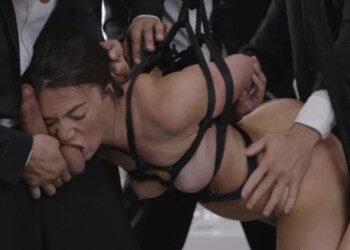 Imagen Francesa sumisa se come varios rabos mientras goza de sexo