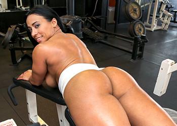 Imagen Fue a hacer ejercicio y terminó follando en pleno gimnasio