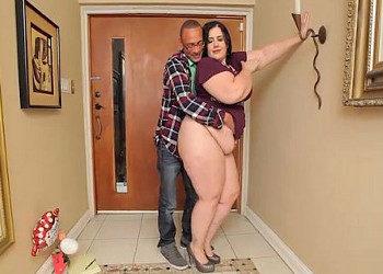 Imagen Guapa obesa se lleva un polvete de un tipo muy dotado